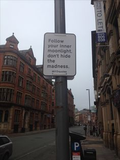 Free street psychology, City Centre, Manchester, England, United Kingdom, 2014, photograph by Katy Block.