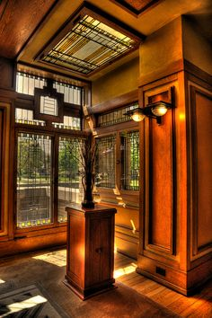Meyer May House, Grand Rapids, Michigan, Prairie Style, Frank Lloyd Wright Organic Architecture, Amazing Architecture, Architecture Details, Art Nouveau, Art Deco, Frank Lloyd Wright Buildings, Frank Lloyd Wright Homes, Craftsman Interior, Craftsman Style