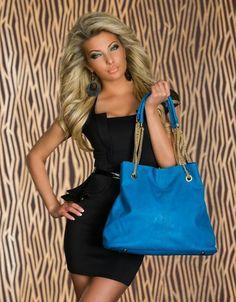Models, Longchamp, Catwalk, Germany, Shoulder Bag, Queen, Tote Bag, Facebook, Bags