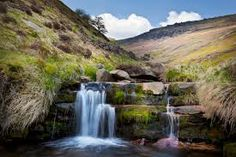 Explore the Peak District National Park. — Losehill House Hotel and Spa Derwent Valley, Over The River, Yorkshire Dales, Peak District, Places Of Interest, Derbyshire, Outdoor Activities, Wonders Of The World, Waterfall
