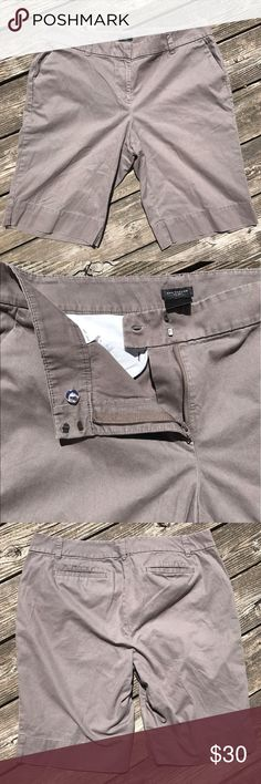 Ann Taylor Curvy Shorts / Size 14 Gently used but very nice shorts. Ann Taylor Curvy Size 14. Ann Taylor Shorts