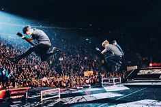 THEY'VE MASTERED THE JUMP (SLFL: Leeds - April 11, 2016)