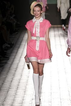 Catwalk photos and all the looks from Olympia Le Tan Spring/Summer 2015 Ready-To-Wear Paris Fashion Week Runway Fashion, Fashion Show, Fashion Outfits, Fashion Design, Paris Fashion, Olympia Le Tan, Vogue Spain, Socks And Heels, Knitwear Fashion