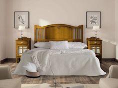 Dormitorio en color miel para cama de 150, varias medidas y colores a elegir en: http://www.rusticocolonial.es/mueble-clasico/muebles-de-dormitorio-clasicos/composiciones-dormitorios-de-matrimonio-cl%C3%A1sicos/muebles-color-cerezo-coleccion-decco-detail