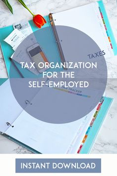 Here is a guide to staying organized as an entrepreneur for taxes and ecommerce online business organization hacks. Small Business Tax, Home Based Business, Business Planning, Business Tips, Cleaning Business, Online Business, Etsy Business, Financial Organization, Home Business Organization