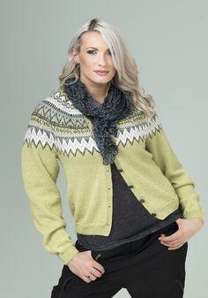 Katalog Nr 1604 - Viking of Norway Fair Isle Knitting Patterns, Crochet Patterns, Icelandic Sweaters, Alpacas, Knitting Projects, Vikings, Knit Crochet, Romper, How To Make