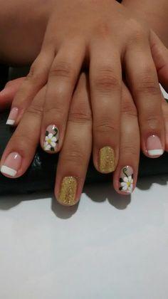 Decorados Cute Nail Art, Cute Nails, Pretty Nails, Colorful Nail Designs, Simple Designs, Flower Nails, Perfect Nails, French Nails, Hair And Nails