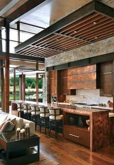 2017 Home of the Year: An Aspen Grand Legacy - Mountain Living A mountain marvel provides plenty of space for friends and family—while keeping future generations in mind. Chalet Interior, Home Interior Design, Interior And Exterior, Interior Modern, Modern Mountain Home, Mountain Living, Mountain Home Interiors, Mountain House Decor, Modern Lodge