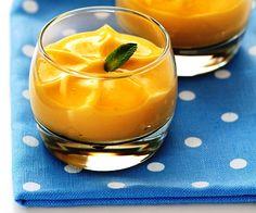 Sencilla esta receta de espuma de mango, claro que sólo será espuma si disponemos de uno de esos sifones que tan sofisticados resultados dan. ¿No tienes si Agar, Molecular Gastronomy, No Bake Cake, Mousse, Cravings, Cooking Recipes, Baking, Dinner, Ethnic Recipes