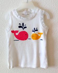 Das coole ärmellose T-Shirt ist aus Baumwolle. Das gerade, locker geschnittene Shirt für Mädchen ist mit schönem Motiv bedruckt. Genau das richtige für kle Onesies, Sweaters, Clothes, Creative, Fashion, Girl Shirts, Creative Ideas, Cotton, Patterns