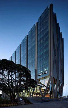 Novotel Auckland Airport Hotel, New Zealand - design by Warren and Mahoney