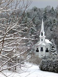 Plainfield VT church in winter