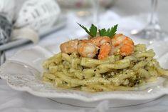 Pasta con pesto di pistacchi e gamberi, ricetta primi piatti
