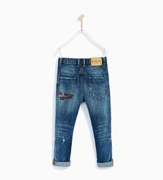 Children and Young Dark Jeans, Denim Jeans, Denim Fashion, Boy Fashion, Zara Boys, Baby Pants, Kind Mode, Baby Boy, Indigo