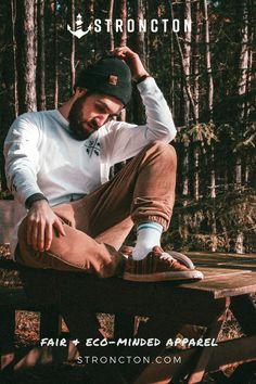 Stroncton – Streetwear aus nachhaltiger und fairer Produktion für Frauen und Männer. Das Longsleeve wurde aus 100 % hochwertiger Bio-Baumwolle unter fairen Bedingungen produziert. 1€ spenden wir an THE STRONCTON FOUNDATION. Ein Shirt zum Wohlfühlen, es ist super bequem sitzt und passt gut. Mehr nachhaltige Streetwear und Stuff findest du bei Stroncton im Online Shop. #longsleeve #t-shirt #stroncton #stronctonfamily #heartoverbucks #klamotten #fair #sustainable #apparel #menswear #womenswear Pop Up Shop, Longsleeve, Van Life, Wanderlust, Camping, Couple Photos, Couples, Sweatshirts, Movie Posters