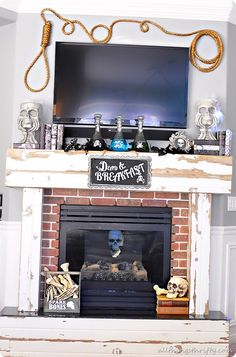 Really cute and easy Halloween Mantle! I love this!!