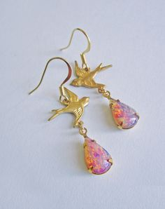 Birds of Paradise Vintage Glass Fire Opal Earrings — Eclectic Eccentricity Vintage Jewellery