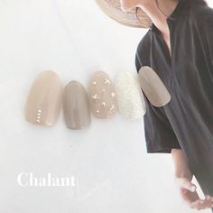 Try some of these designs and give your nails a quick makeover, gallery of unique nail art designs for any season. The best images and creative ideas for your nails. Asian Nails, Korean Nails, Bridal Nails, Wedding Nails, Japan Nail Art, Acryl Nails, Nail Pops, Japanese Nails, Minimalist Nails