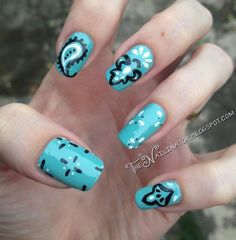 Bandana nails by The Nailinator Fancy Nails, Pretty Nails, Nail Tips, Nail Ideas, Rodeo Nails, Western Nail Art, Paisley Nail Art, Bandana Nails, Hair And Nails