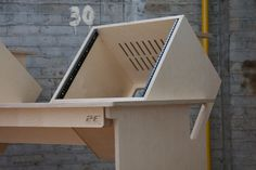 "Music studio desk - Marito Marques - Pintassilgo ""Goldfinch"""