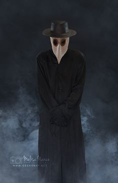 Plague Doctor Costume / Cosplay photo session