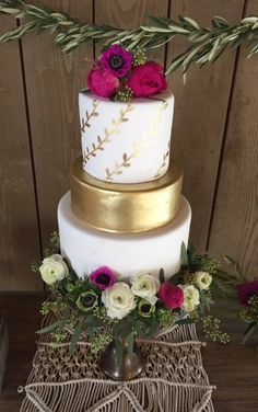 Gold and pink cake