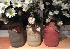 Decorative kilner jars painted with Annie Sloan Chalkpaint!