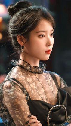 Photo album containing 157 pictures of IU Korean Beauty, Asian Beauty, Korean Celebrities, Celebs, Foto Snap, Korean Girl, Asian Girl, Luna Fashion, Fashion Fashion