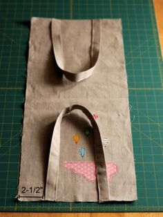 Cloudy Day Appliqué Tote Tutorial                                                                                                                                                                                 More
