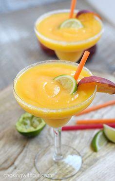 Frozen+Peach+Margaritas+ +cookingwithcurls.com