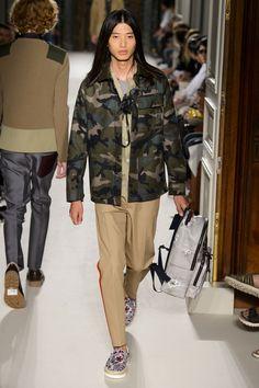Valentino-Spring-Summer-2016-Menswear-Collection-Paris-Fashion-Week-027