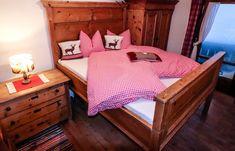 Kitzbüheler Alpen - Die schönsten Ski -Pisten für Genießer! Toddler Bed, Furniture, Home Decor, Waiting, Snow, Nice Asses, Homemade Home Decor, Home Furnishings, Interior Design