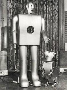 ELEKTRO SMOKING ROBOT AND SPARKO WESTINGHOUSE 1939