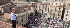 Offerte di lavoro Palermo  Il sit-in venne organizzato nel 2013 contro la chiusura dei tribunali di Nicosia e Mistretta   #annuncio #pagato #jobs #Italia #Sicilia Bloccarono per protesta la stazione di Santo Stefano maxi multa per i manifestanti