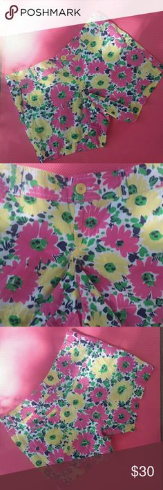 NWOT Lilly Pulitzer floral shorts New, too large. Lilly Pulitzer Shorts
