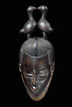 GURO MASKE Elfenbeinküste. H 33 cm.  Provenienz: B. und R. Schlimper, Düsseldorf. Galerie Visser, Brüssel