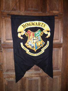 Hogwarts banner/door