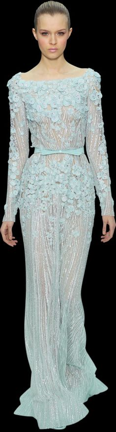 Elie Saab >> who knows where I'd wear it but I want this dress!!