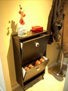 IKEA Hackers: Narrow shoe cabinet for small landing strip