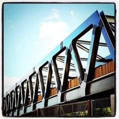 Simplistic structural design yet has aesthetic impact