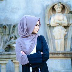 Welcome to Saima's corner. A place where modesty meets fashion. ✉: saima.khan1490@gmail.com