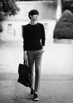 Men's Korean Fashion So chic and simple! Looks really clean cut and nice!