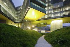 Horizontal Skyscraper : Vanke Center, Shenzhen China  (2006-09) | Steven Holl Architects