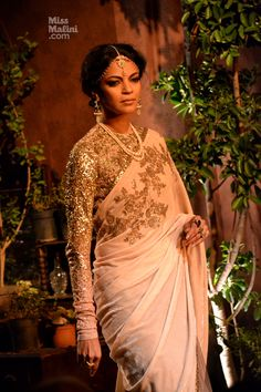 Sabyasachi Makes a Comeback at Delhi Couture Week - MissMalini Dress Indian Style, Indian Dresses, Indian Outfits, Beautiful Blouses, Beautiful Saree, Indian Attire, Indian Wear, Bridal Lehenga Collection, Modern Saree