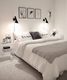 32 Beautiful Bedroom Decor Ideas for Compact Departments; For smart small apartment decorating ideas on a budget, look to accessories. bedroom decor ideas for teens. Master Bedroom Design, Home Decor Bedroom, Modern Bedroom, Budget Bedroom, Bedroom Furniture, Small Bedroom Interior, Bedroom Themes, Minimalist Bedroom, Furniture Ideas