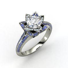 Round Diamond 14K White Gold Ring with Aquamarine