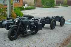 1940's BMW R75 combination with 2 infantry/ammo trailers