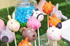 Peppa Pig 3rd birthday party via Kara's Party Ideas KarasPartyIdeas.com Printables, cake, decor, desserts, games, and more! #peppapig #peppapigparty (10)