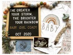 Baby Surprise Announcement, Baby Announcement To Parents, Rainbow Baby Announcement, Cute Baby Announcements, Cute Pregnancy Announcement, Baby Announcement Pictures, Surprise Pregnancy, Unique Baby Announcement, Ivf Pregnancy