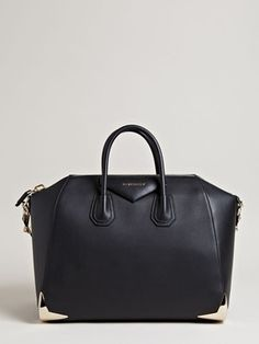 ShopStyle(ショップスタイル): Givenchy Women's Antigona Large Bag
